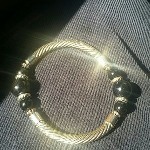 Vtge Silver Color with Center Black Beads Bracelet